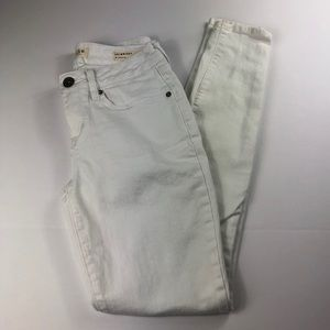 Bullhead White Skinniest Stretch Jeans